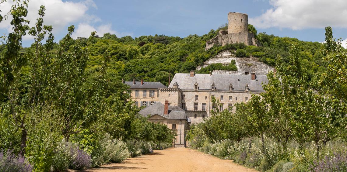 chateau-gaillard-hotel-mont-vernon